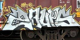 Grafiti auf Güterwaggon