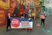Bürgersteige und Radwege zum 1.Mai geschmückt durch die DGB-Jugend