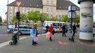 Bürgersteige und Radwege zum 1.Mai geschmückt in Tempelhof-Schöneberg